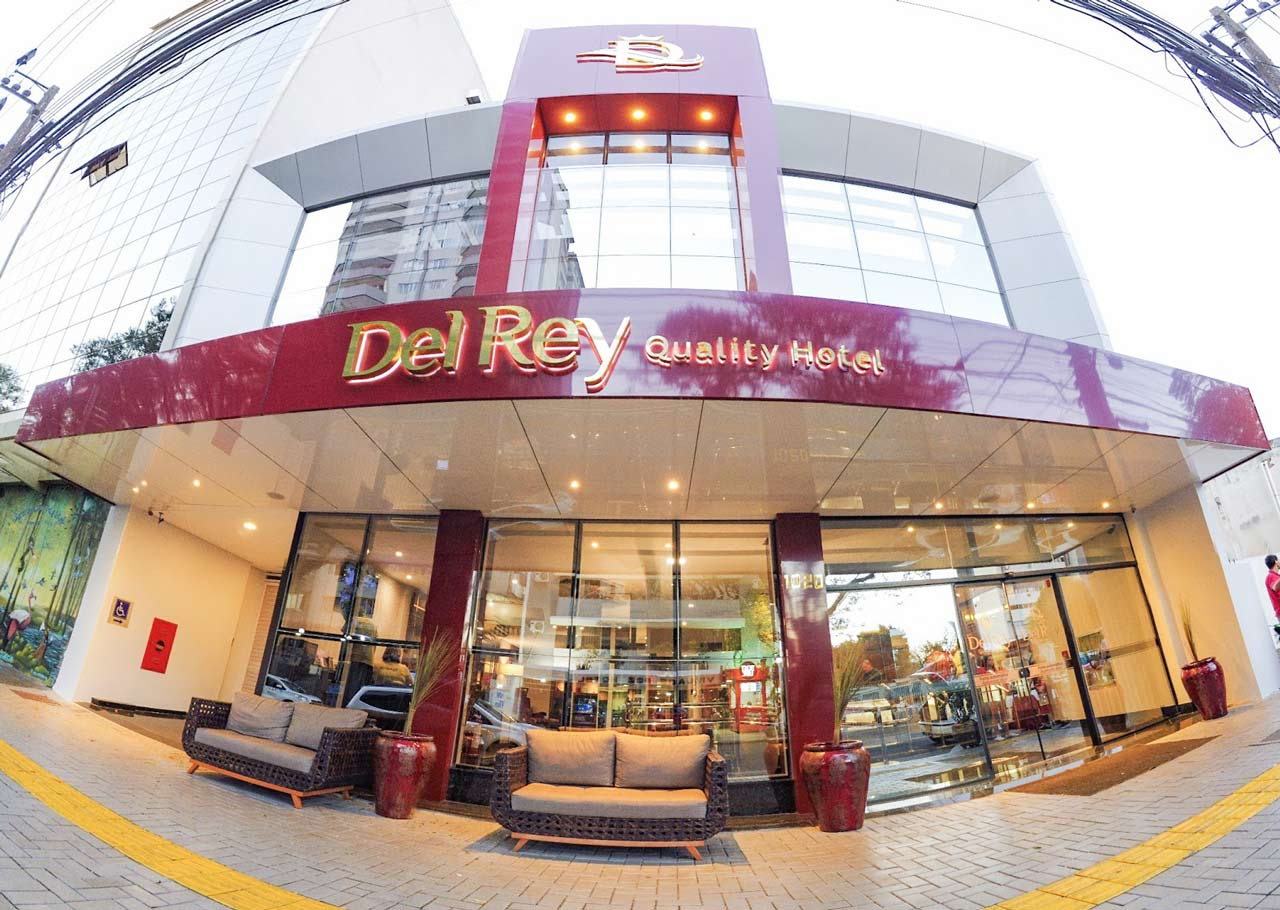 Fachada do Del Rey Quality Hotel em Foz do Iguaçu - PR