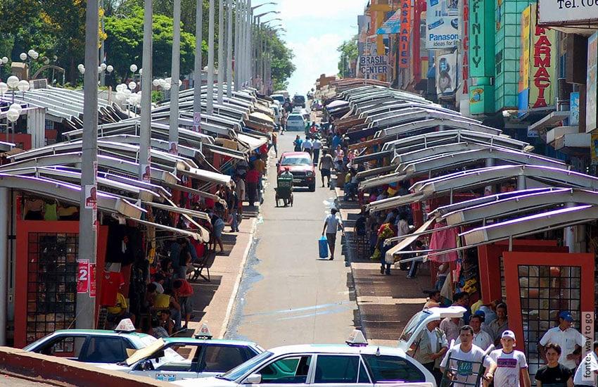Ciudad del Este em 2021 com diversas opções de compras