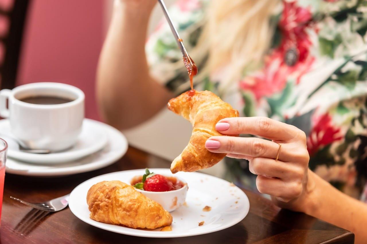 Café da Manhã, porque você deve se hospedar no Del Rey Quality Hotel