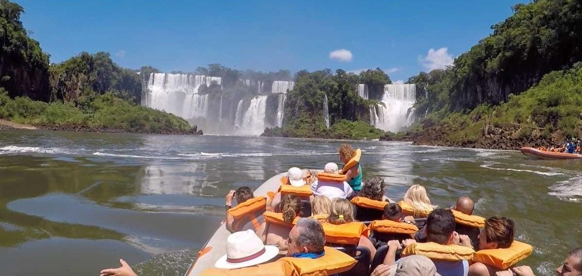 Macuco Safari em Foz do Iguaçu no verão