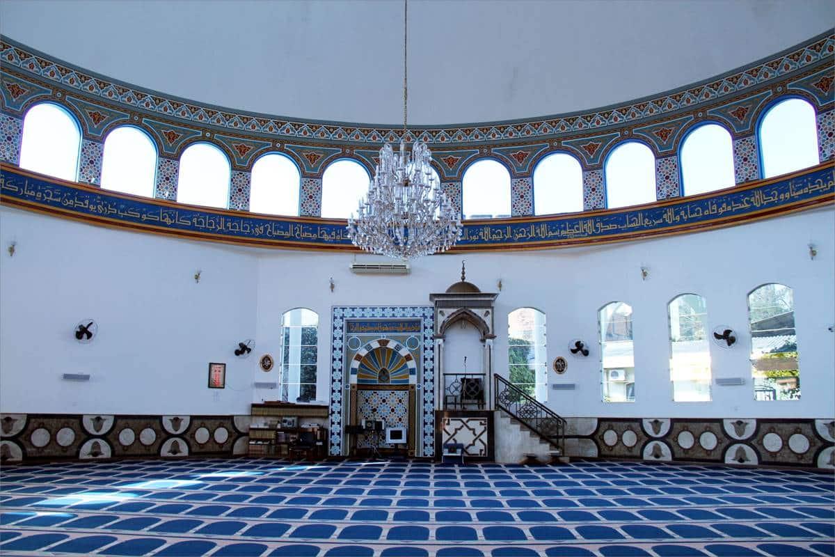Conheça a Mesquita Omar Ibn Al-Khatab